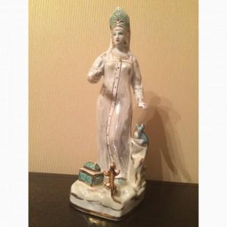 Продам статуэтку Хозяйка медной горы Дулево