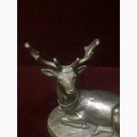 Скульптура Лежащий олень
