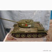 Продам модель танка Т-34