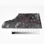 363 Эвдиалит, полированная пластина