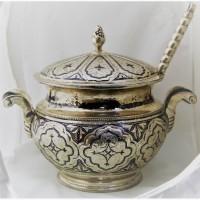 Продается Серебряная супница Кубачинская с половником. Кубачи 1995-2005 гг