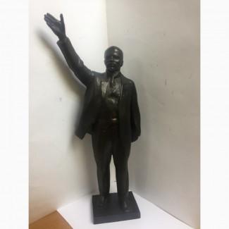 Скульптура из силумина В.И. Ленин (в полный рост). СССР