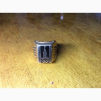 Продам золотой перстень с олимпийской символикой