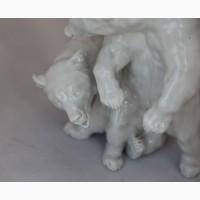 Продается Статуэтка Медвежата. Meissen Germany 1950 год