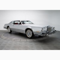 1976 Lincoln Mark IV Versailes