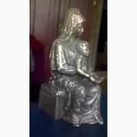 Продам бронзовую статуэтку