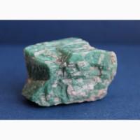 Амазонит с партитами (вростками) альбита