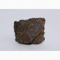 Сросток кристаллов титанита, анатаз (?) на хлоритовом сланце