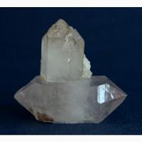Cросток кристаллов кварца с фантомом