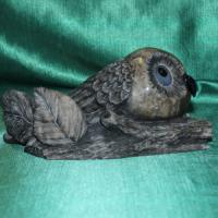 Авторская работа из натурального камня кальцит эксклюзивный подарок совушка ДЖУЛЛИ