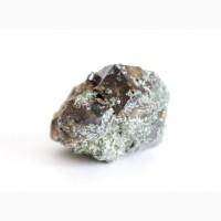 Андрадит, сросток кристаллов с хлоритом