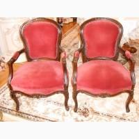 Продам два старинных кресла