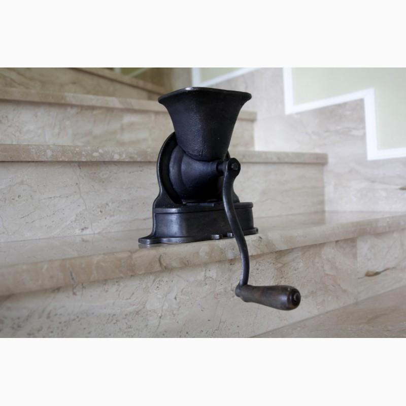 Кофемолка чугунная – купить, цена 1 800 руб., дата ...