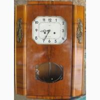 Часы настенные в деревянном корпусе ОЧЗ, ссср, рабочие