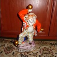 Статуэтка фарфор клоун с золотыми шарами гарднера в вербилках