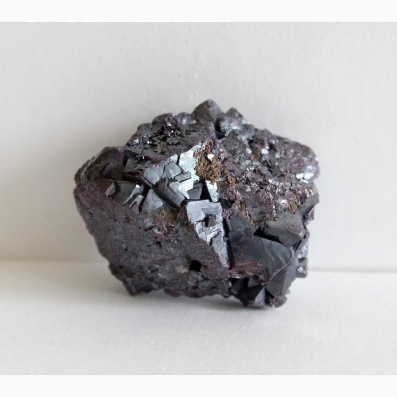 Фото 4. Куприт, самородное серебро