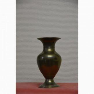 Оригинальный подарок: старинная массивная латунная ваза 16 см, Англия