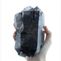 Дымчатый кварц, сросток крупных двухголовых кристаллов