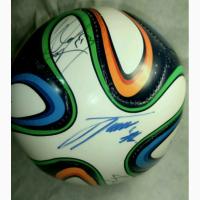 Продам футбольный мини-мяч с автографами игроков Зенита
