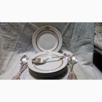 Продаю Фарфоровый набор посуды