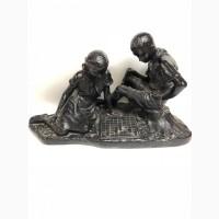 Скульптура Пионеры за игрой в шахматыСССР