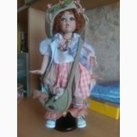 Продам коллекционную куклу Ната