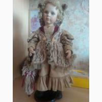Продам коллекционную куклу Натали