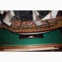 Продам модель корабля Повелитель морей