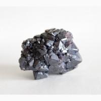 Куприт, сросток кристаллов 2