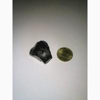 Чёрный камень Стекло