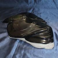 Эксклюзивный оригинальный подарок ручной работы из натурального камня ВОРОН АДОНИС