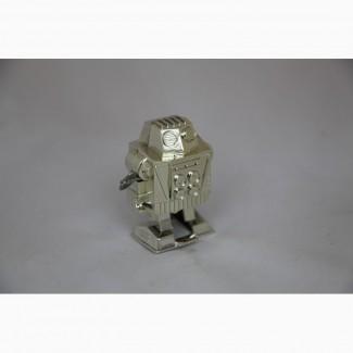 Продается Заводная игрушка Робот . завод Прогресс