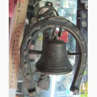 Дверной колокол с подковой и лошадью, старый