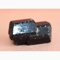 Черный турмалин (шерл), сросток кристаллов интересной формы