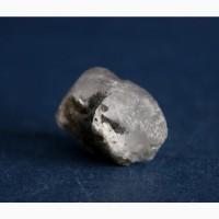 Фенакит, цельный кристалл