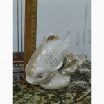 Фарфоровая статуэтка ссср - дз дулёво - рыба карп - в идеальном состоянии