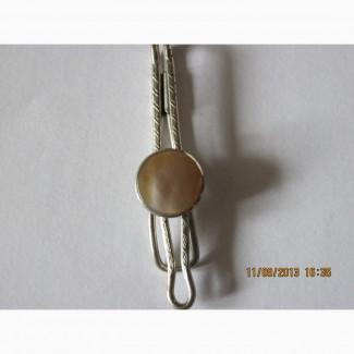 Зажим для галстука конец 40-начало 50 г.г. камень - перламутр