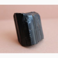 Черный турмалин (шерл)