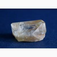 Топаз, цельный кристалл