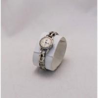 Продаются Женские серебряные часы Чайка