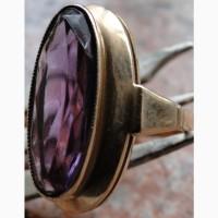 Перстень золотой, вставка александрит