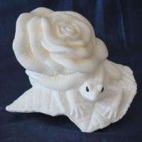 Эксклюзивный подарок авторская работа лягушка ЛИЛУ из натурального камня