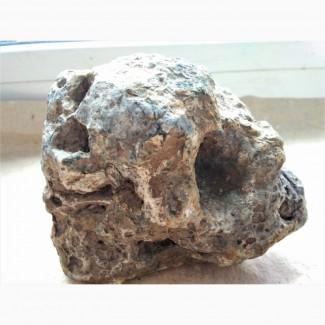 Метеорит лунный