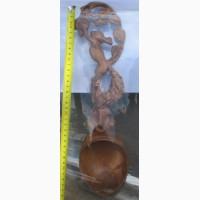 Деревянная ложка резная с ручкой в форме фигуры белки, резьба по дереву