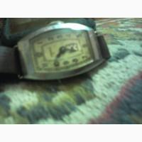 Антикварные женские часы Звезда с ремешком