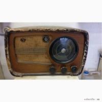 Ретро радиоприёмник марки ВЭФ М-557 выпуска 1945-1949 г