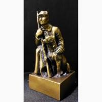 Продам Статуэтку - Буденновец с собакой. Бронза СССР