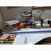 Продам модель самолета ТУ-144 масштаб 1:144