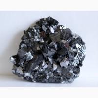 Зеркальный сфалерит (разн. марматит), белый кварц, друза кристаллов
