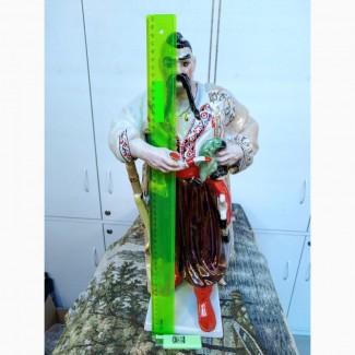 Фарфоровая фигурка большая Казак Тарас Бульба. Высокая статуэтка 48 см ПЗХК